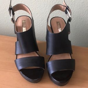 Worn twice, Leather Black wedges, Audrey Brooke